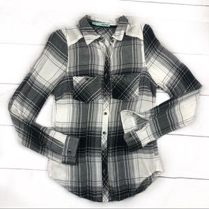 Maurice's Button Up Plaid Black and White XS Small